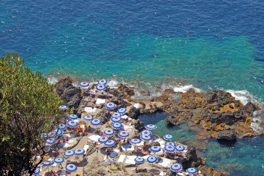 Beach-in-Capri